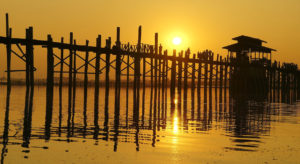 u-bein-bridge-sunsest