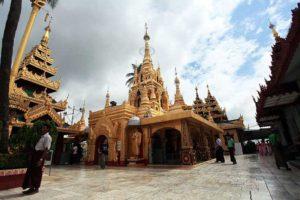 800px-kyauktan_ye_le_pagoda