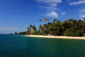 1-ngapali-beach-and-blue-skyaaaaaaaaaaaaaaaaaa