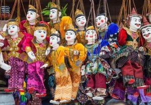 myanmar-yangon-bogyoke-market-burmese-puppets-d447fd